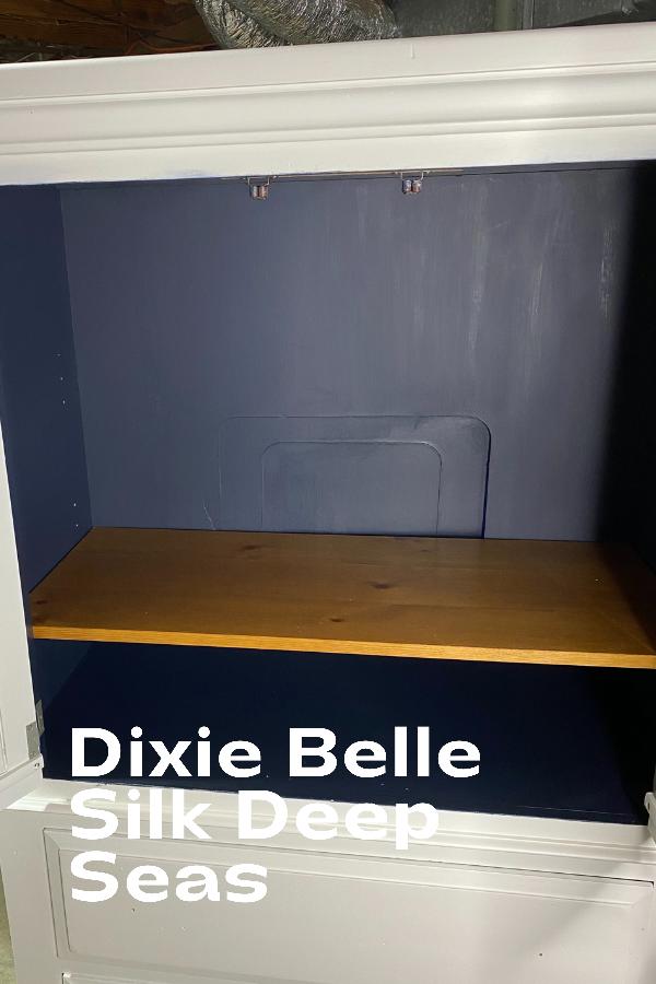 Dixie Belle Silk Paint in Deep Seas