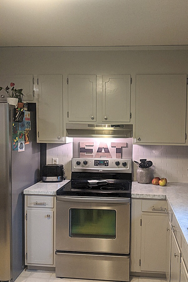 Updated Kitchen Cabinets After Painting