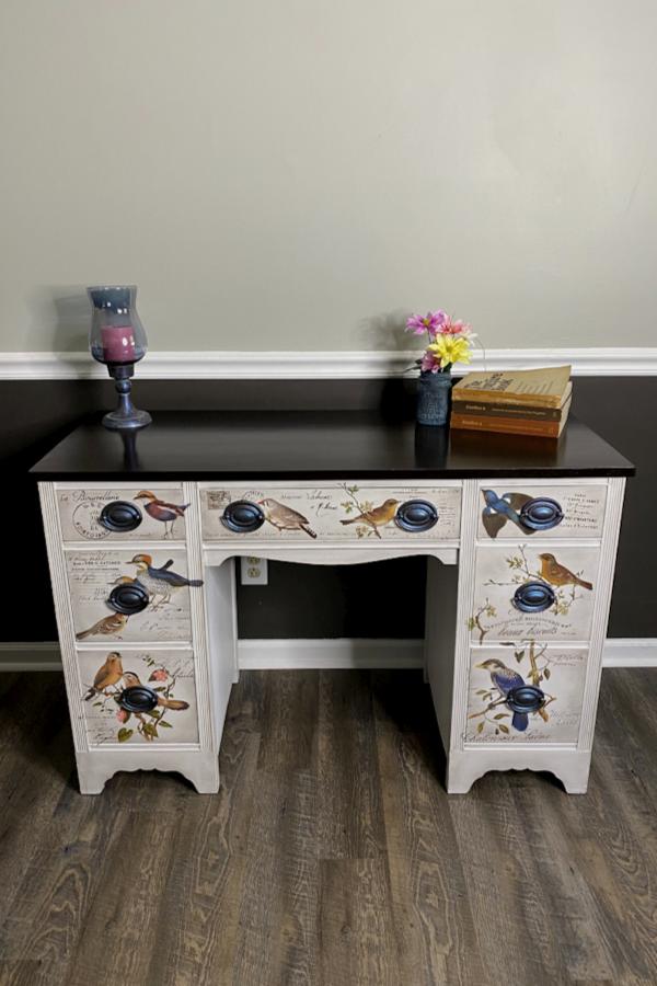 Vintage Desk Makeover Using Redesign With Prima Postal Birds