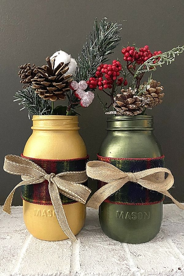 Chalk Painted Metallic Mason Jars For Christmas DIY Decor