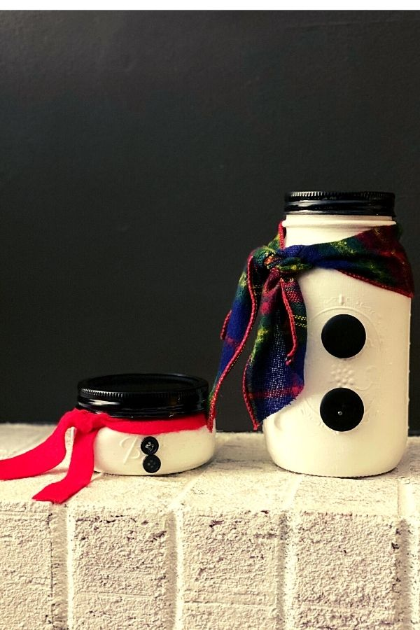 Here Are My Snowman Chalk Painted Mason Jars For Christmas