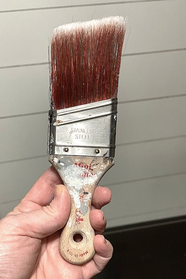 Dixie Belle Mini Angle Synthetic Brush